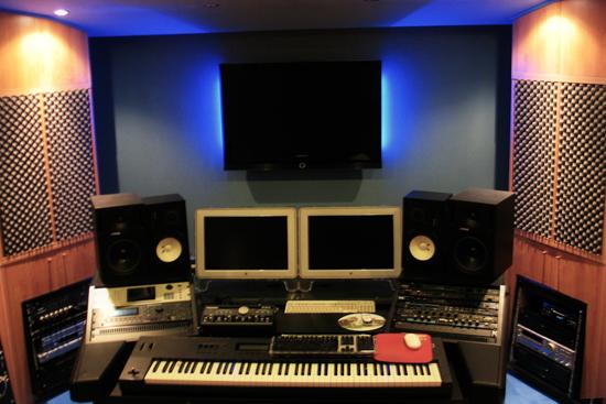 Lo studio di registrazione di almartino almartino musicista e compositore di capri - Studio di registrazione casalingo ...